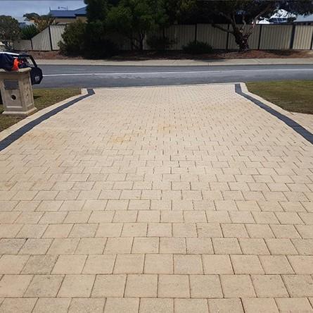 Driveway Brick Pavers Pressure Cleaning Perth